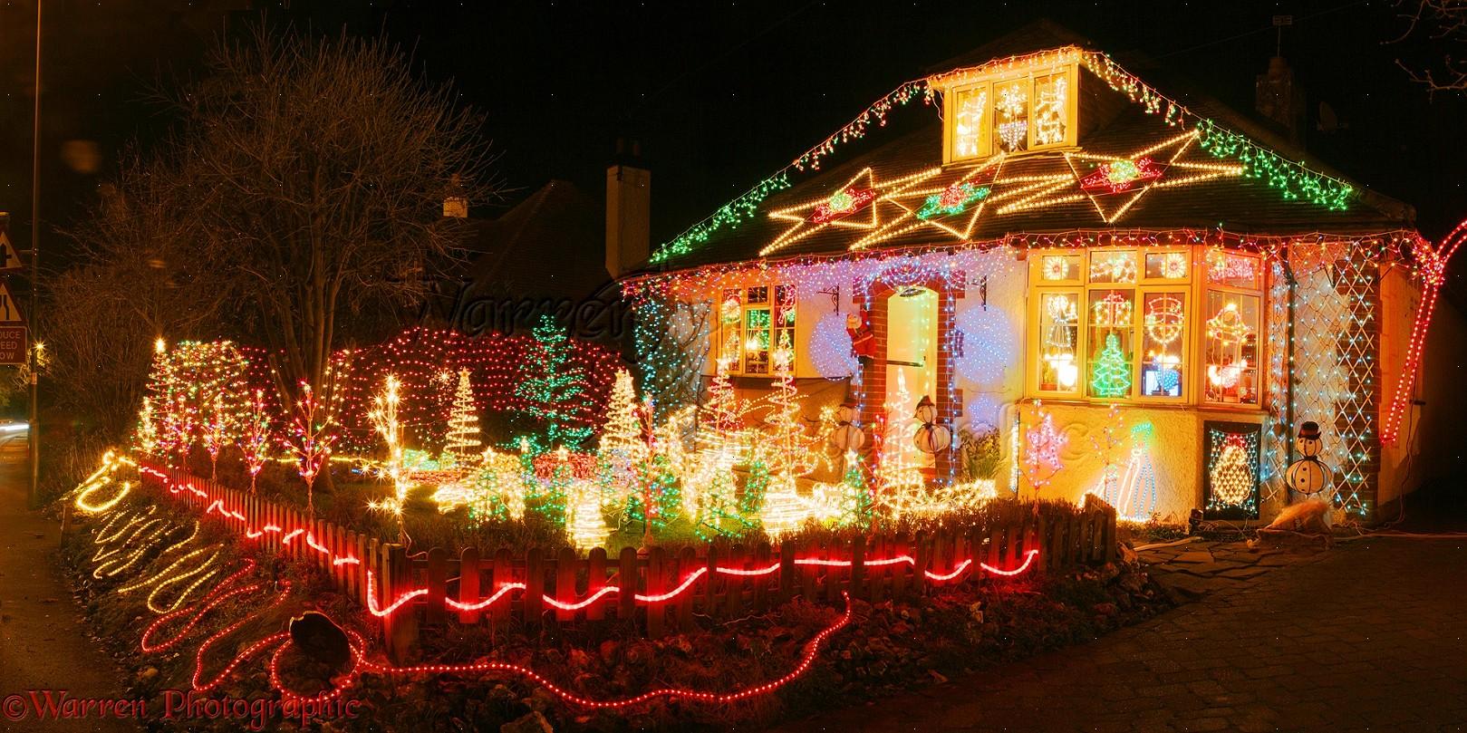 Houses With Christmas Lights