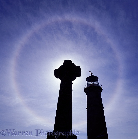 Lundy old lighthouse with grave and halo