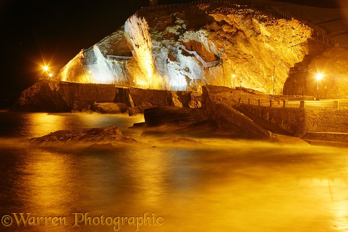 Ilfracombe at night