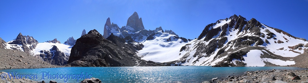Mt Fitz Roy and Laguna Los Tres.  Fitzroy National Park, Argentina