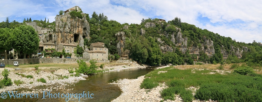 River and rocky outcrops.  Vog�e, France