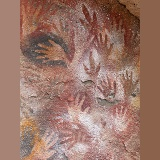 9000 year old cave hand paintings